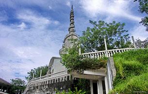 Ambuluwawa Buddha Statue - 20 Km